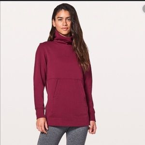 Lululemon Press Pause Pullover in Ruby Wine Size 8